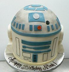 This is what O's cake looked like before Chewie got to it, right @Megan ?