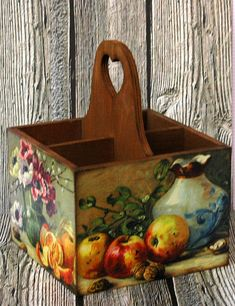 Panti: Boxes for food Decoupage Wood, Decoupage Tutorial, Decor Crafts, Easy Crafts, Diy And Crafts, Pallet Boxes, Wooden Boxes, Diy Art Projects, Projects To Try