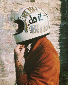 Biltwell custom helmet discover #motomood