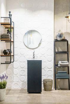 Installation pictures and Interior design ideas onix hex patterns mosaic Contemporary Bathroom Designs, Modern Bathroom Decor, Bathroom Wall Decor, Modern Bathroom Design, Bathroom Styling, Small Bathroom, Bathroom Graffiti, Bedroom Ideas For Small Rooms Diy, Bathroom Trends