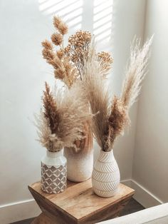 Home Decor Inspiration pampas grass Decor Inspiration pampas grass Cheap Home Decor, Diy Home Decor, Decor Crafts, Home Decoration, Diy Crafts, Card Crafts, Living Room Decor, Bedroom Decor, Cozy Bedroom