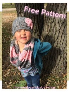 Toddler Girl Infinty Scarf | Momma Beans and Baby Things | crochet chevron little girls scarf, pink and grey, free pattern