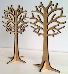 These wood stand up trees are great and fantastic inspiration for a standup DIY wooden cactus for your desk.