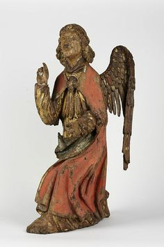 The Angel of the Annunciation 1415-1450.  France.  Carved Oak, gilded and polychromed.