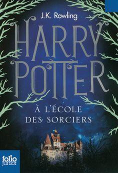 Harry Potter à l'école des sorciers -Harry Potter fait une rentrée fracassante en voiture volante à l'école des sorciers. Cette deuxième année ne s'annonce pas de tout repos... surtout depuis qu'une étrange malédiction s'est abattue sur les élèves. Entre les cours de potion magique, les matches de Quidditch et les combats de mauvais sorts, Harry et ses amis Ron et Hermione trouveront-ils le temps de percer le mystère de la Chambre des Secrets ?