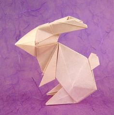 Origami Rabbits and Bunnies and the books showing you how to make them. Learn more on Gilad's Origami Page. Origami And Kirigami, Origami Paper Art, Paper Art Projects, Paper Crafts, Paper Bunny, Today In Pictures, How To Make Origami, Origami Tutorial, Paper Folding