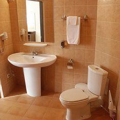 Pictures designs home washroom bathroom designs ideas gallery new style simple bathroom remodel design : simple bathroom remodel design Rustic Bathroom Vanities, Boho Bathroom, Bathroom Artwork, Simple Bathroom Designs, Simple Home Decoration, Bathroom Trends, Bathroom Ideas, Bathroom Remodeling, Bathroom Organization