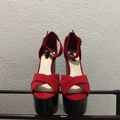 Topshop Laurent Cross Over Platforms