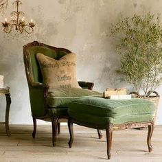 french green chair and ottoman. upholstery worn with character in such a comfy color. - Home Decoration - Interior Design Ideas Vintage Chairs, Chair And Ottoman, Green Armchair, Green Chairs, Green Lounge, Desk Chair, Velvet Armchair, White Chairs, French Decor