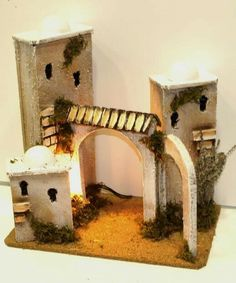 Fairy Houses, Nativity, Outdoor Structures, Diy Crafts, Christmas, Handmade Crafts, Christmas Manger, Roof Tiles, Christmas Things