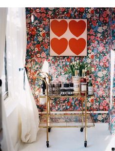 floral wallpaper, heart art and bar cart, Lonny Magazine March/April 2012 Vintage Floral Wallpapers, Vintage Bar Carts, Bar Cart Decor, Home Modern, Interior And Exterior, Interior Design, Interior Modern, Interior Paint, Do It Yourself Home