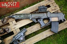 colonial marines guns by on DeviantArt Modified Nerf Guns, Nerf Mod, Dinosaur Drawing, Cosplay Weapons, Cool Masks, Post Apocalypse, Airsoft Guns, End Of The World, Marines