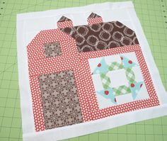 Bee In My Bonnet: The Quilty Barn Along...Block 4...Churndash...and the Sashing Tutorial