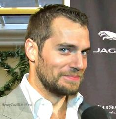 """acw - Henry Cavill That cute look on his face is because I just said """"Yes"""". Henry Cavill Superman, My Superman, Pretty Men, Gorgeous Men, Beautiful People, Young Men Haircuts, Henry Caville, Henry Williams, Gentleman"""