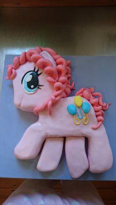 Pinkie pie cake Pinkie Pie Cake, Sugar, Cookies, Desserts, Food, Crack Crackers, Tailgate Desserts, Biscuits, Meal