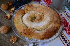 invartita cu nuca Romanian Food, Romanian Recipes, Pastry And Bakery, Food Cakes, Bagel, Cake Recipes, Sweets, Bread, Recipes