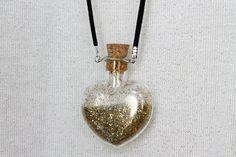 Resultados de la Búsqueda de imágenes de Google de http://ringoblog.com/wp-content/uploads/2012/07/fairy-dust-necklace-bottle.jpg