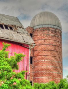 The Colors !  If this barn could talk ...!