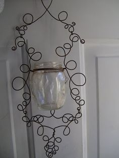 PeridotsGardenBlog: How to Make a Wire Hanging Candle Holder!
