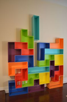 wood tetris shelves (or acrylic) (furniture) Acrylic Furniture, Kids Furniture, Furniture Design, Geek Furniture, Wall Shelves, Shelving, Nerd Decor, Home Room Design, Furniture Inspiration