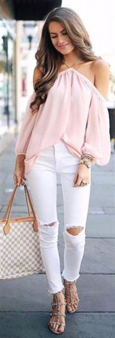 Stunning 44 Casual Spring Outfit for You'll Want for Yourself https://clothme.net/2018/04/21/44-casual-spring-outfit-for-youll-want-for-yourself/