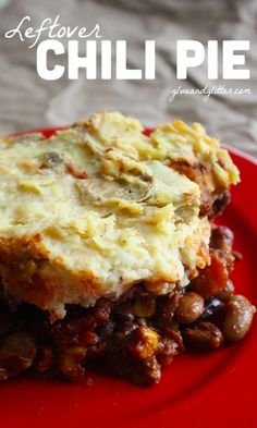 This chili pie was the perfect way to use up a whole bunch of leftover chili. It's a quick, easy recipe to repurpose leftovers. # leftover chili recipes Chili Pie: My Favorite Way to Use Up Leftover Chili Dairy Free Recipes, Vegan Recipes Easy, Real Food Recipes, Cooking Recipes, Yummy Food, Gluten Free, Fun Food, Leftover Chili Recipes, Leftovers Recipes