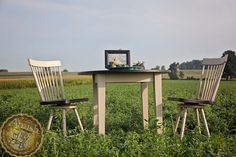 Intimate Dining || Amish Solid Top Table