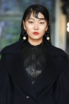 "17F/W KWAKHYUNJOO COLLECTION_""Reverse Charm of the mermaid""_Violet Mermaid Princess Ariel Signature Look_www.kwakhyunjoo.co.kr     www.instagram.com/kwak1120_www.instagram.com/kwakhyunjoo_collection #Share #your #inspiration #heraseoulfashionweek #seoulfashionweek #sfw #서울패션위크 #곽현주컬렉션 #곽현주 #kwakhyunjoo #kwakhyunjoocollection#mermaid#인어공주#진주#눈물#데님#pearl#denim#check"
