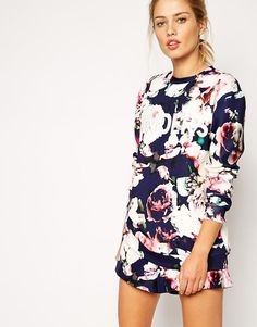 Finders Keepers Sweatshirt in Digital Floral Print bij Asos.com