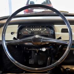 Bus Engine, Dashboards, Sidecar, Cars And Motorcycles, Volkswagen, East Side, Vehicles, Truck, Cars