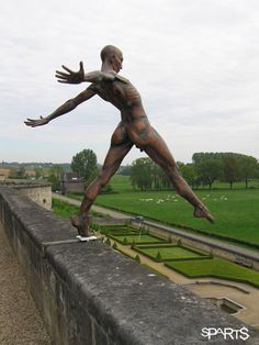 Amazing #sculpture by Nicolas Lavarenne - Grand défi - Maastricht #art