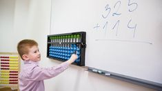 Už v siedmich rokoch môže akékoľvek dieťa predbehnúť v počítaní dospelého matematika.