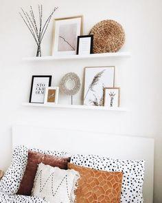 Boho bedroom design ideas - Fall home decor inspiration - Wall shelves decor - boho bedroom decor Fall Home Decor, Autumn Home, Cheap Home Decor, Diy Home Decor, Inspiration Wand, Home Decor Inspiration, Decor Ideas, Decorating Ideas, Boho Ideas