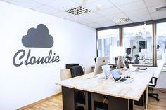 Cloudie in Officesnapshots
