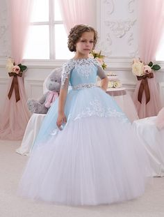 Blanco y azul vestido de niña de las flores por KingdomBoutiqueUA: