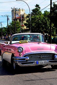 Luxe in Cuba! 9 dagen All Inclusive v/a - TicketSpy All Inclusive Cuba, All Inclusive Deals, Cuba Cars, Summer Aesthetic, Varadero, Traveling, America, Cuba, Travel
