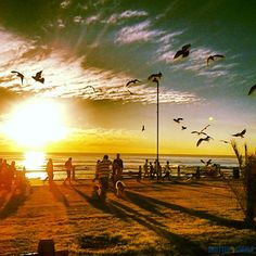 An amazing sunset explosion on the #CapeTown promenade