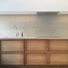 Kitchen by #louiseliljencrantzdesign & #hultmanvogt #liljencrantzdesign