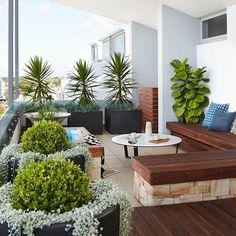 The Balcony Garden -Kensington Rooftop Garden Design 2 Rooftop Patio, Pergola Patio, Backyard Landscaping, Pergola Kits, Backyard Designs, Balcony Design, Garden Design, Landscape Design, House Landscape