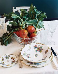 15 Classic China Patterns to Add to Your Wedding Registry