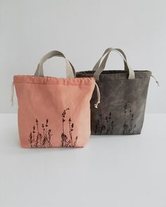 New ethical and sustainably made drawstring project bags for knitters — kaliko Jute Tote Bags, Canvas Tote Bags, Leather Notebook, Leather Journal, Handmade Bags, Handmade Bracelets, Handmade Notebook, Cotton Bag, Purses And Bags