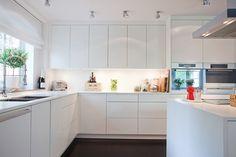Maison moderne - Armoires de cuisine