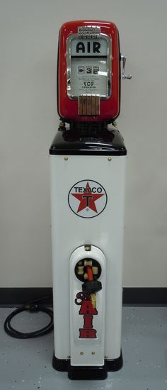 Restored Eco 93 Air Meter with Texaco theme. Old Gas Pumps, Vintage Gas Pumps, Vintage Air, Vintage Signs, Pompe A Essence, Cool Garages, Old Gas Stations, Filling Station, Pump It Up