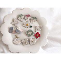 #刺繍 #刺繍ブローチ #刺繍アクセサリー #ブローチ部 #ブローチ #brooch #embroidery #手刺繍 #手仕事 #fioresaya