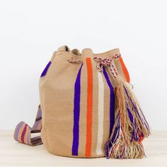 ST Raphael St Raphael, Mochila Crochet, Knit Basket, Crochet Handbags, Tapestry Crochet, Crochet Accessories, Hand Crochet, Sustainable Fashion, Bucket Bag