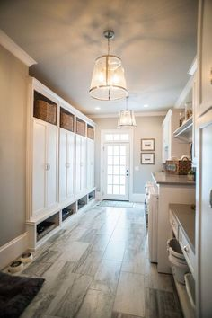 This laundry room and mudroom have builtin lockers with basket storage upper and lower area for shoe stprage. Interior Design Ideas for your Home Mudroom Laundry Room, Laundry Room Design, Laundry Storage, Mudrooms With Laundry, Closet Storage, Laundry Hamper, Mudroom Storage Ideas, Laundry Room Floors, Laundry Room Island
