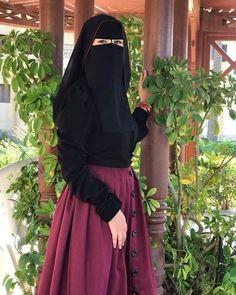 Beautiful Muslim Women, Beautiful Hijab, Face Veil, Niqab, Designer Wear, Hair Beauty, Arabian Food, How To Wear, Inspiration