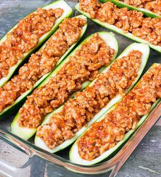 Zucchini Boats 4 medium zucchini (about 1¾ pounds) 1 lb. ground chicken ¼ tsp. salt ¼ tsp. ground black pepper 2 garlic cloves, minced 1 cup pasta sauce ¼ cup grated parmesan cheese ½ cup shredded mozzarella cheese Optional: sliced fresh basil for topping Recipe calls for chicken, I will be using beef!