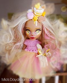 Doll - repainted doll - Mia's Daydream dolls - monster high doll