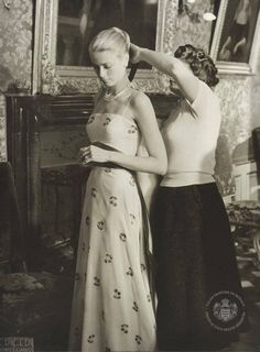 Grace Kelly. 51 imagens nunca antes reveladas do casamento de sonho